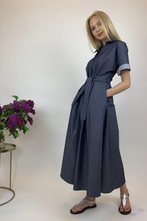 Mėlynos spalvos, plono džinsinio audinio suknelė