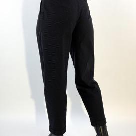 Juodos spalvos kelnės