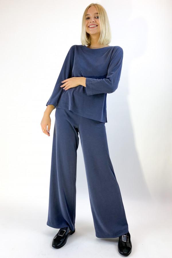 Mėlynos spalvos kelnės iš modalo