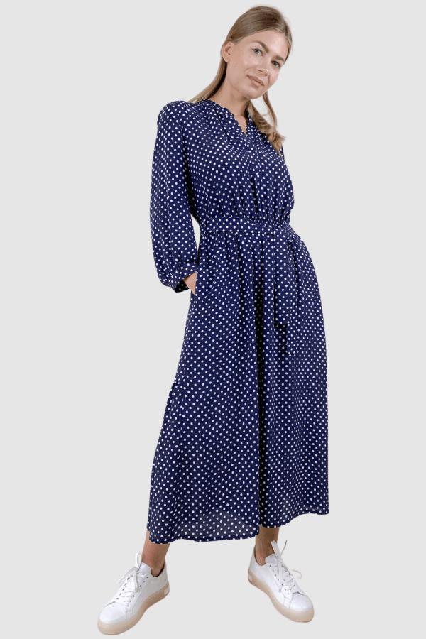 Mėlynos spalvos suknelė