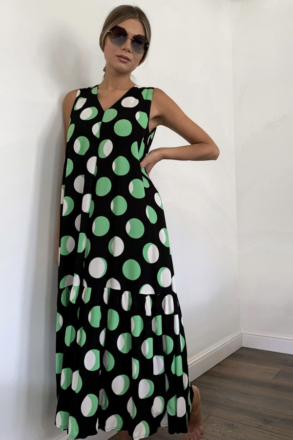 Žalsvos spalvos suknelė