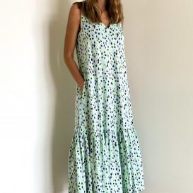 Lengvai krentanti suknelė
