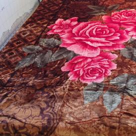 Storas minkštas pledas rudas su rožinėmis gėlėmis 160/220