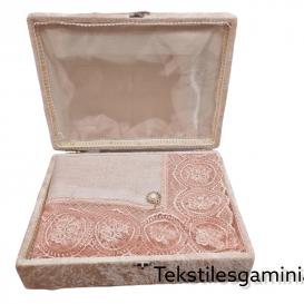 """Turkiška staltiesė """"Hayal"""" rožinė"""