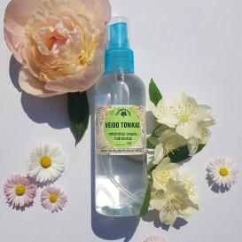 Veido tonikas - gėlių hidrolatas