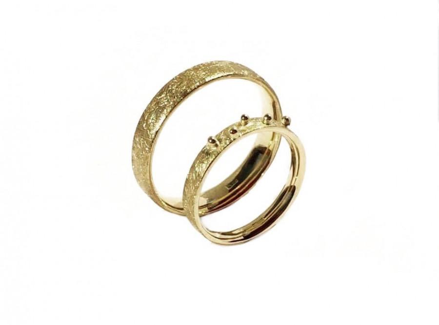 Auksiniai žiedai
