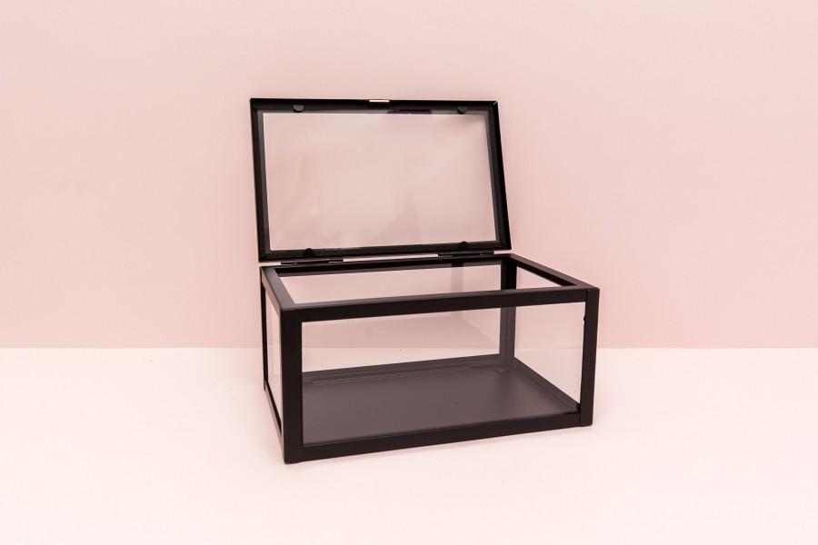 Stiklinė dėžutė juodu krašteliu  (Dž - 3)