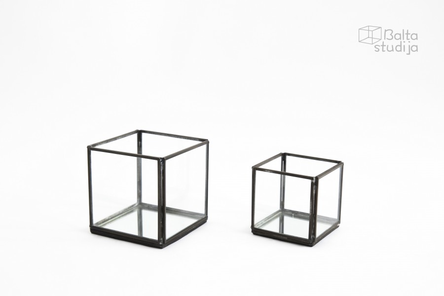 Dėžučių su juodu krašteliu komplektas (DŽ - 4)