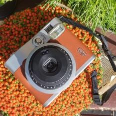 Retro stiliaus Fujifilm Instax fotoaparatas (Polaroid)