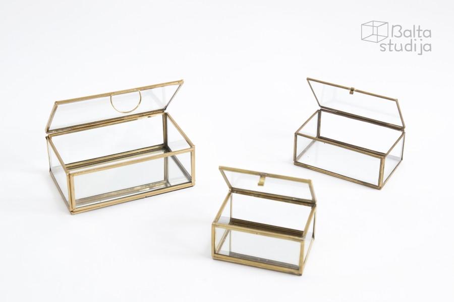 Stiklinės dėžutės su aukso krašteliu (DŽ - 5)